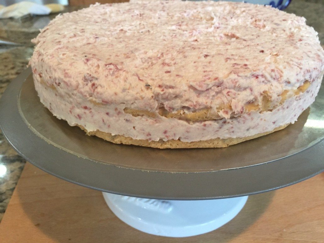 finishing the solid layer cake