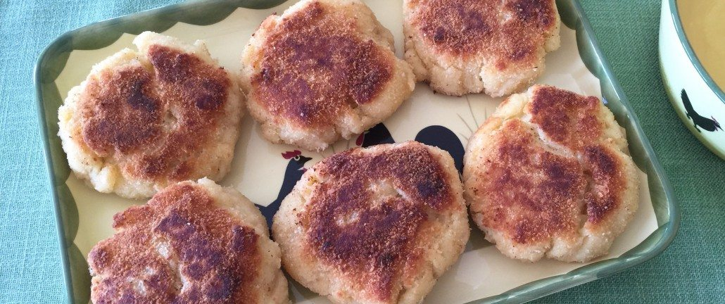 Traditional German Bread Patties Recipe